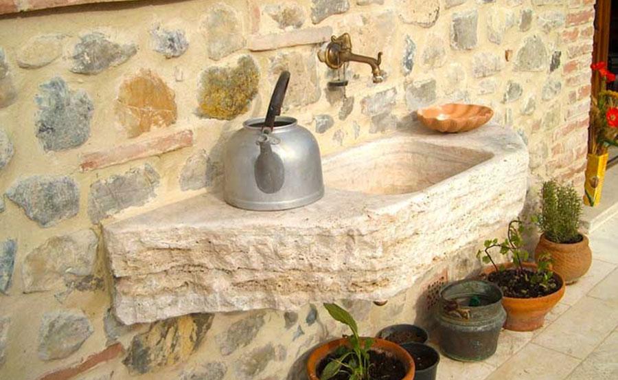Lavatoio per esterni in pietra