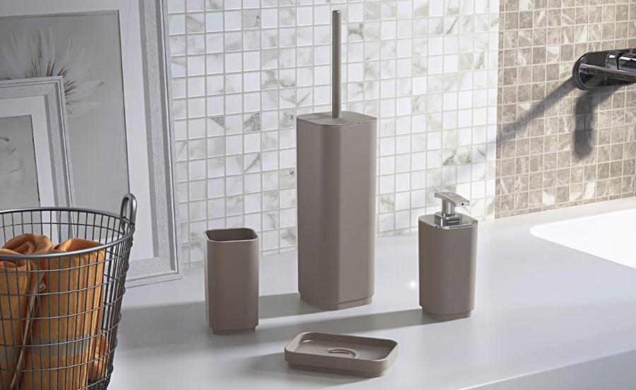 Set accessori da bagno
