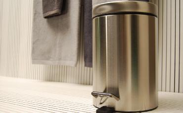 Bagnoidea prodotti e tendenze per arredare il bagno - Cestini per bagno ...