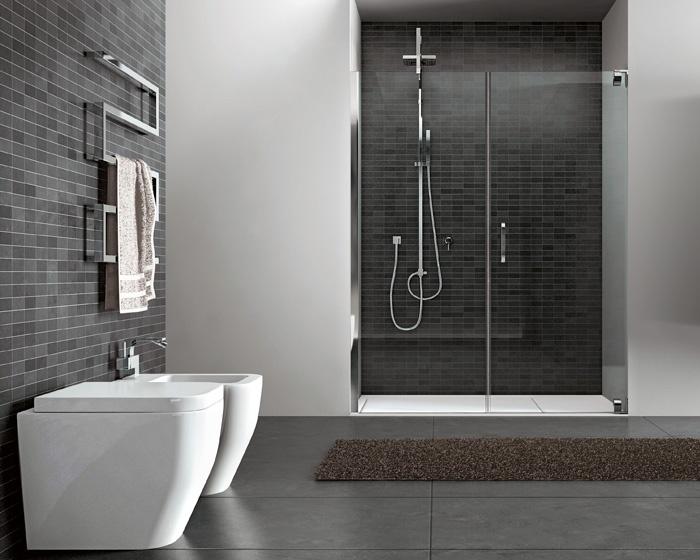 La doccia ricavata in una nicchia con i box doccia hand by disenia