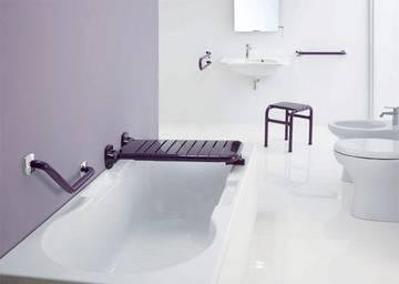 Seggiolini e sgabelli bagno disabili ribaltabili colorati per