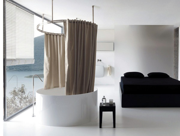 Lino trattato e un sistema originale per la tenda vasca/doccia ...