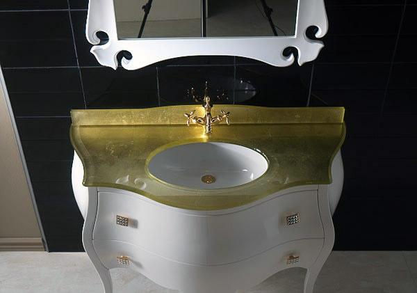 Stile sobrio e armonioso per Impero, il mobile da bagno classico ...