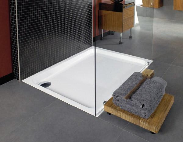 Villeroy boch propone futurion piatto e box doccia per un bagno