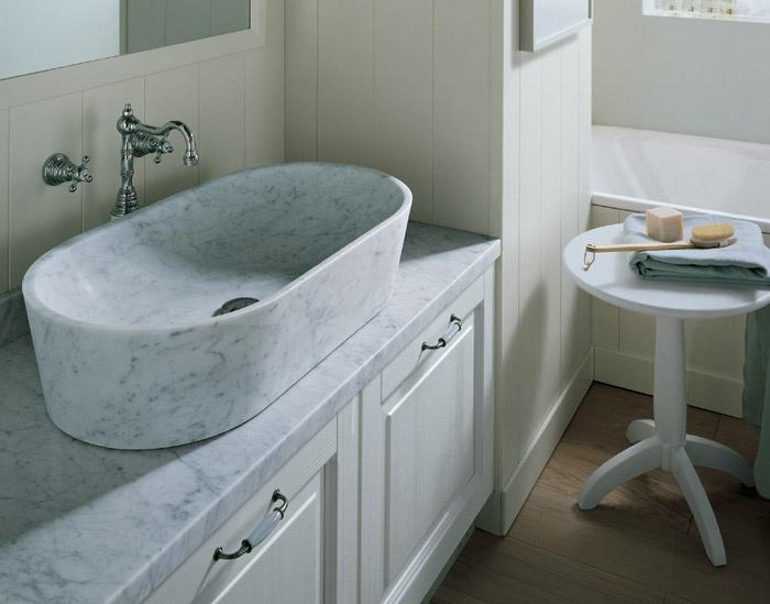 Lavabo di forma ovale scolpito nel marmo nuovo mondo - Lavelli da appoggio per bagno ...