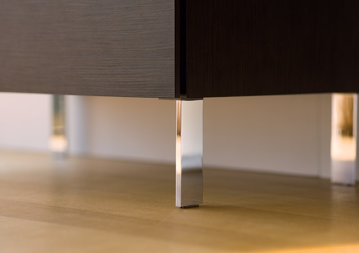 Mobile da bagno a pavimento con piedini cromati l cube duravit - Piedini per mobili design ...