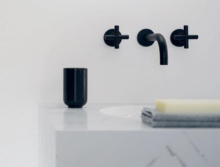 Rubinetteria da bagno tre fori da parete Tara | Dornbracht