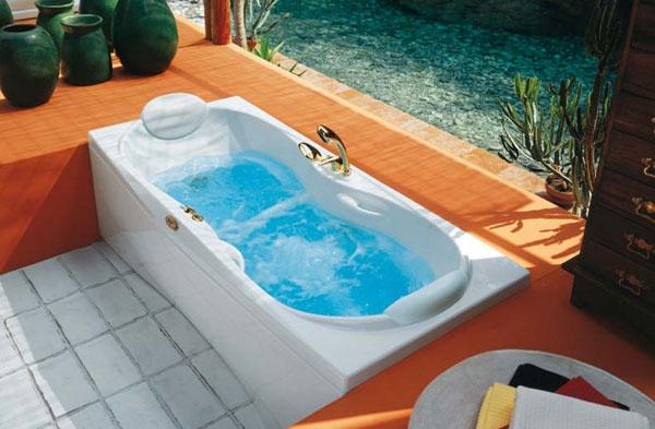 Vasca idromassaggio janus jacuzzi - Vasche da bagno esterne ...